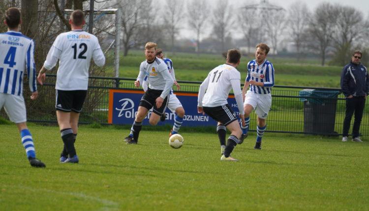 Foto's Zwartewaal 1 – VV SNS 1